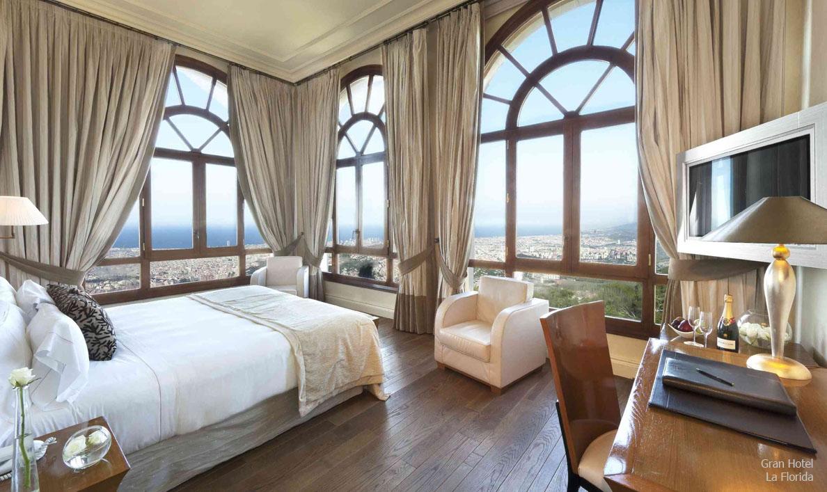 Hotel spring travel for Imagenes de habitaciones de hoteles de lujo