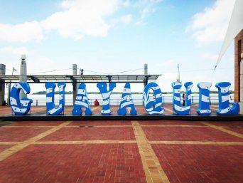 Tour a Guayaquil - Malecón